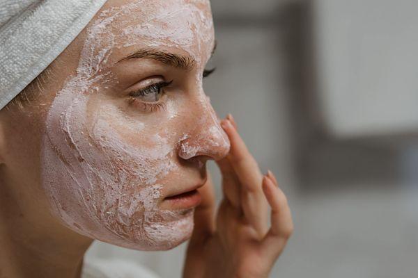 como-combatir-acne-con-alimentacion